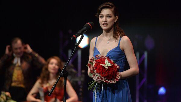 Актриса Евгения Крегжде, получившая награду в номинации Лучшая женская роль (Катерина Гроза)