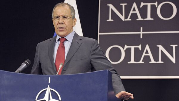Министр иностранных дел России Сергей Лавров выступает на пресс-конференции в рамках Совета Россия - НАТО в Брюсселе. Архивное фото