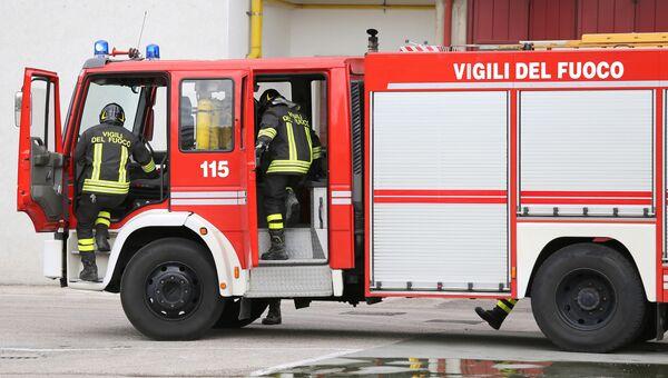 Пожарные в Италии. Архивное фото