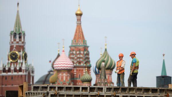 Строительство комплекса Зарядье в Москве. Архивное фото