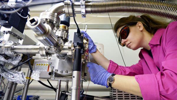 Научный сотрудник лаборатории Российского квантового центра в технопарке Сколково. Архивное фото