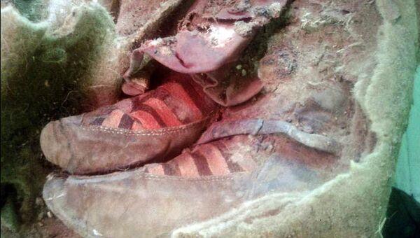 Археологи обнаружили в горах Алтая мумию в кроссовках