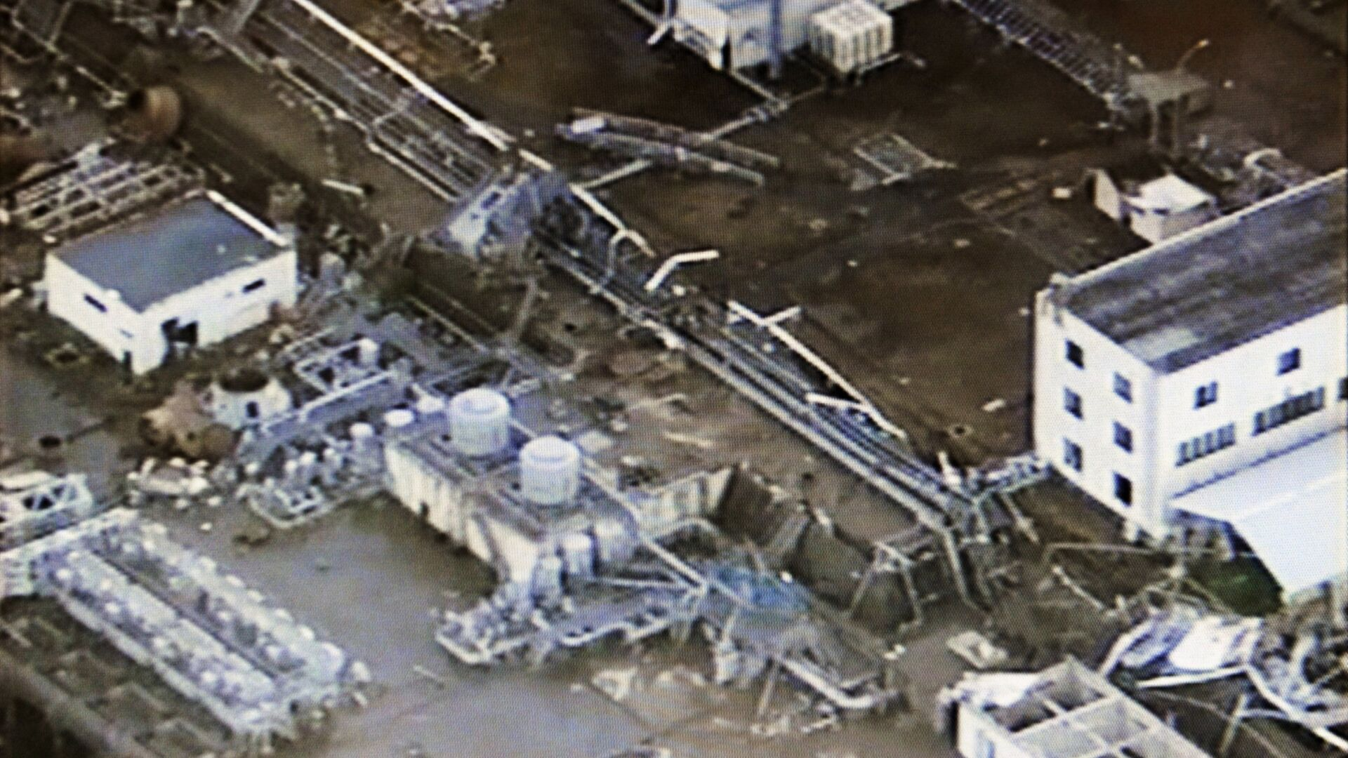 Последствия аварии на АЭС Фукусима-1 в марте 2011 года  - РИА Новости, 1920, 13.04.2021