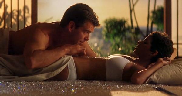 Кадр из фильма Умри, но не сейчас