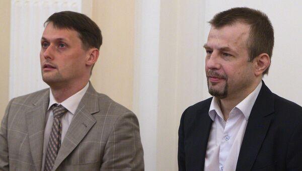 Экс-мэр Ярославля Евгений Урлашов и первый заместитель мэра Ярославля Дмитрий Донсков, обвиняемые в коррупции, во время оглашения приговора в ярославском районном суде. 3 августа 2016