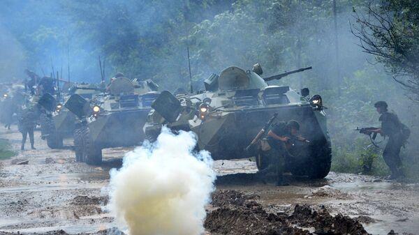 Учения российских военнослужащих на военной базе в Абхазии