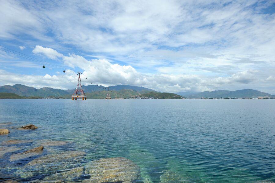 Канатная дорога над Южно-Китайским морем
