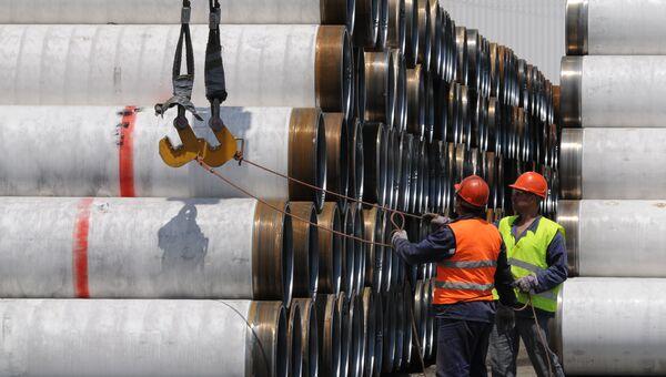 Трубы для строительства газопровода. Архивное фото