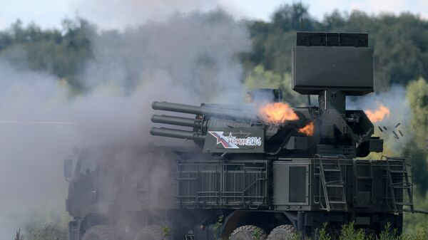 Зенитный ракетно-пушечный комплекс 96К6 Панцирь-С1 во время показательных учений на полигоне Алабино на международном военно-техническом форуме Армия-2016