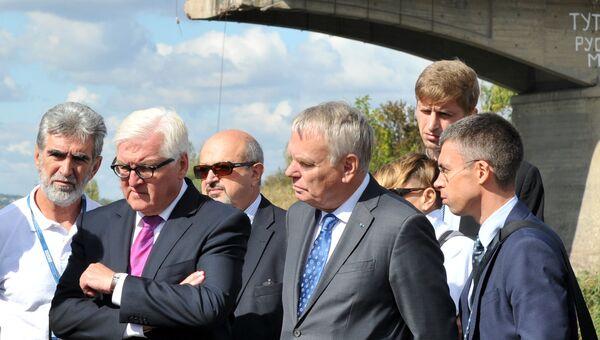 Главы МИД Франции и Германии Жан-Марк Эйро и Франк-Вальтер Штайнмайер в Славянске, Украина. 15 сентября 2016