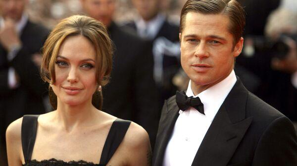 Анджелина Джоли и Бред Питт. Архивное фото