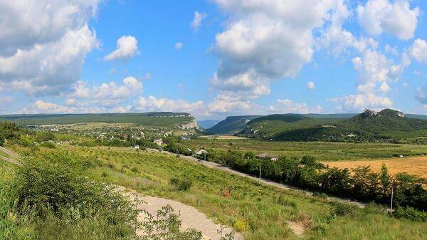 Вырубка можжевельника в Бахчисарайском районе Крыма