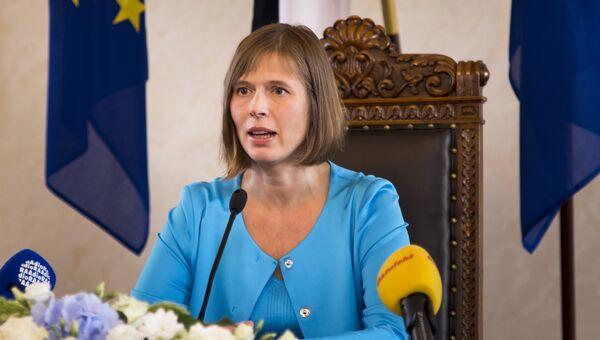 Президент Эстонии Керсти Кальюлайд во время пресс-конференции после церемонии инаугурации в Таллине
