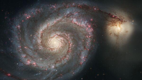 Галактика Водоворот и ее спутница NGC 5195