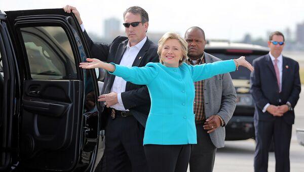 Кандидат в президенты США Хиллари Клинтон в аэропорту Майами. 26 октября 2016
