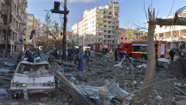 Последствия взрыва в Диярбакыре в Турции, 4 ноября 2016