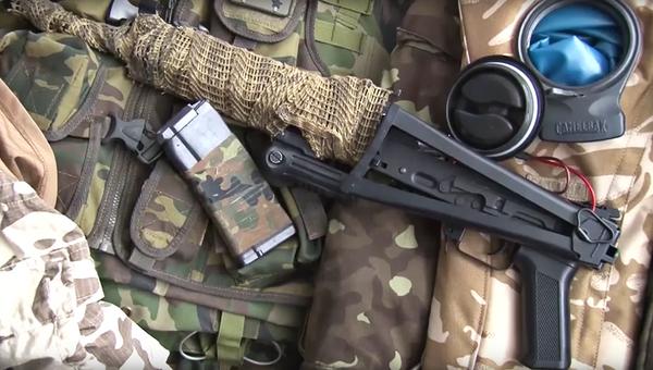 Оружие, изъятое у задержанных в Севастополе диверсантов. Архивное фото