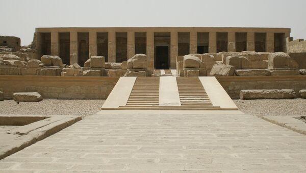Поминальный храм Сети I в древнем городе Абидос, Египет. Архивное фото