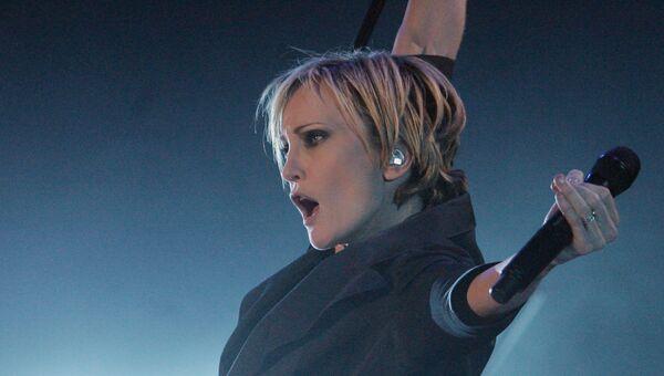 Выступление французской певицы Патрисии Каас во время своего шоу Кабаре в Вильнюсе, Литва