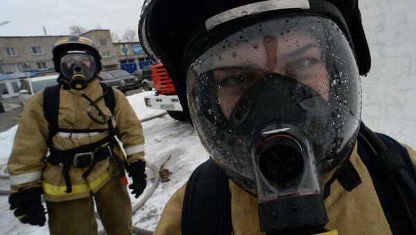 Курсанты дальневосточной пожарно-спасательной Академии МЧС России. Архивное фото