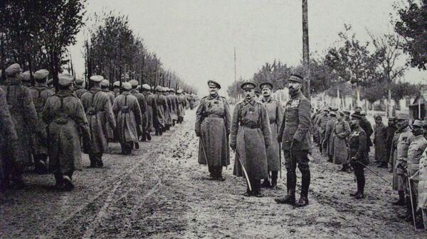 Первая мировая война. Российские войска во Франции в октябре 1916 года. Архивное фото