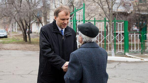 Глава Приднестровья Евгений Шевчук в день выборов президента Приднестровья