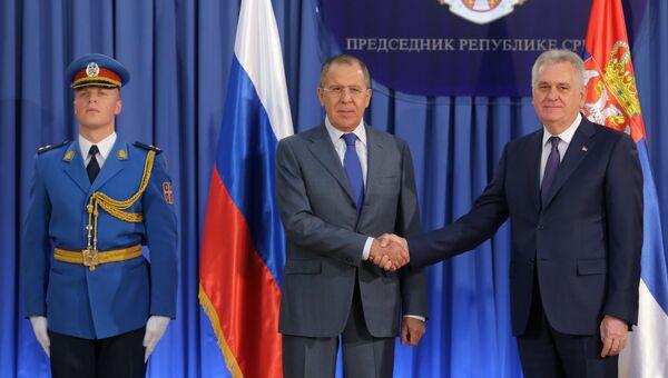 Министр иностранных дел РФ Сергей Лавров и президент Сербии Томислав Николич в Белграде. 12 декабря 2016