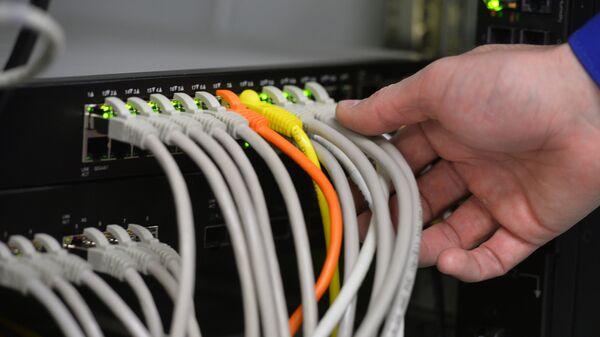 РБК: на учениях проверили работу Рунета при отключении от глобальной сети