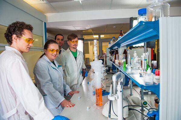 Лаборатория «Биомедицинские наноматериалы»