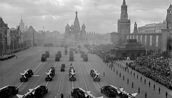 Парад на Красной площади. Москва, 1961 год