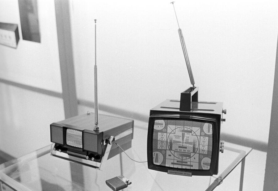Телевизоры Электроника-50 и Электроника ВЛ-100