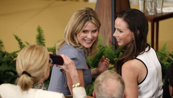 Барбара Буш и Дженна Буш-Хэгер, дочери 43-го президента США Джорджа Буша . Архивное фото