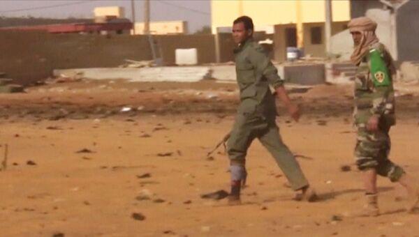На территории военного лагеря в Гао, Мали, где произошел теракт