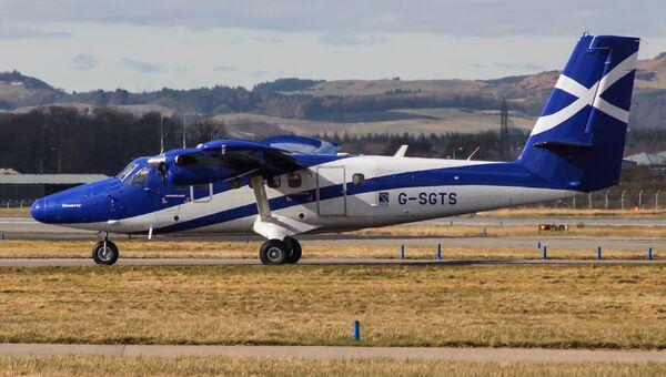 Самолет DHC-6 TwinOtter 400. Архивное фото