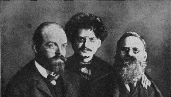 Александр Парвус, Лев Троцкий, Лев Дейч. Архив