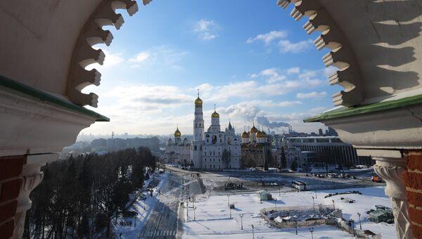 Московский Кремль (вид со Спасской башни). Архивное фото