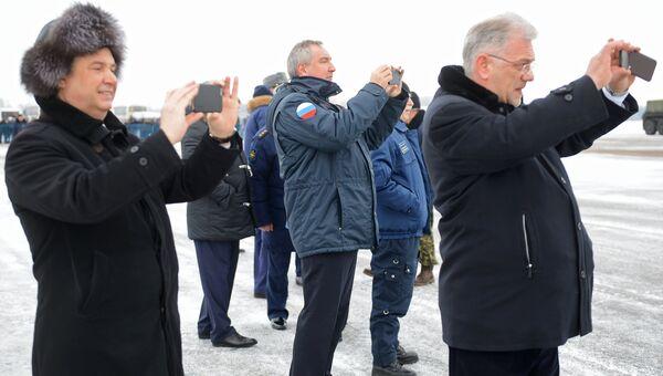 Заместитель председателя правительства РФ Дмитрий Рогозин на презентации МиГ-35 в Московской области