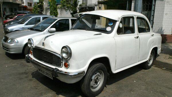 Легендарный индийский автомобиль Амбассадор. Архивное фото