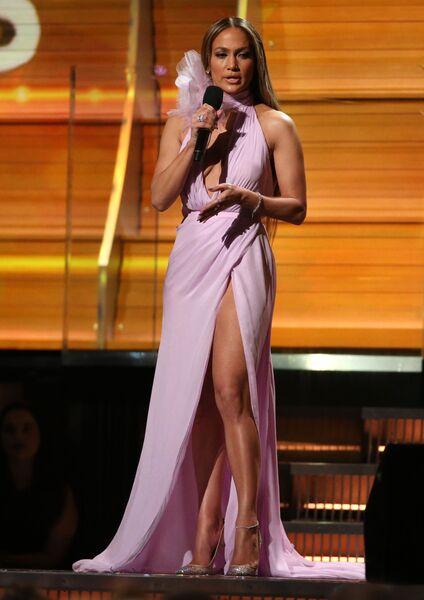 Певица Дженнифер Лопес на 59-й ежегодной премии Грэмми в Лос-Анджелесе, 12 февраля 2017