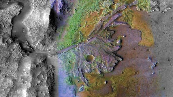 Кратер Джезеро на Марсе, где есть древние следы жидкой воды