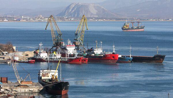 Предложены меры улучшения экологической ситуации в портах Ванино и Находка