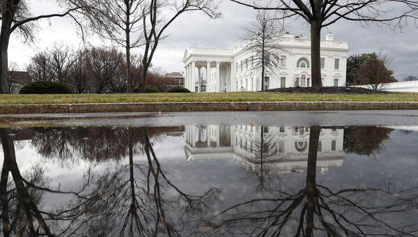 Здание Белого дома в Вашингтоне, США. Архивное фото