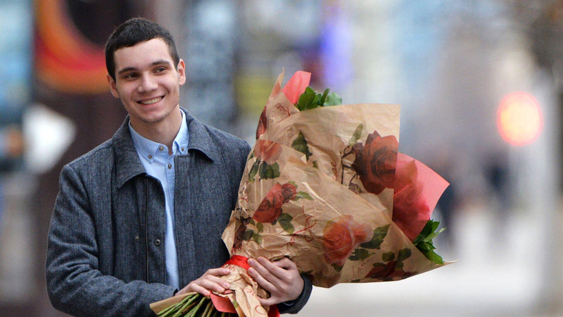 Это все цветочки. Как подарок к восьмому марта влияет на психологическое состояние? - РИА Новости, 1920, 06.03.2021