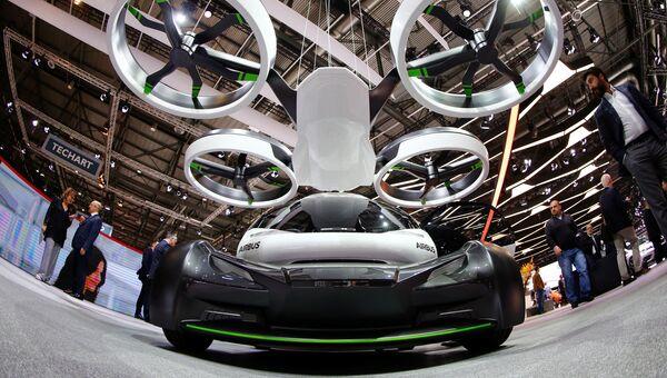 Концепция наземного и воздушного транспортного средства Pop.Up на Женевском международном автосалоне
