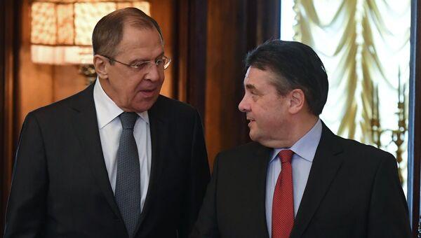 Министр иностранных дел РФ Сергей Лавров и министр иностранных дел Германии Зигмар Габриэль во время встречи в Москве. 9 марта 2017