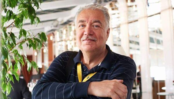Биофизик Игорь Артюхов