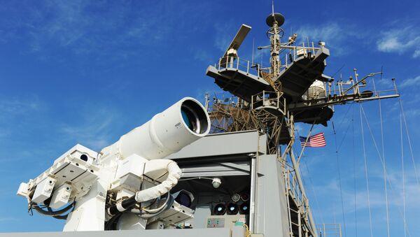 Лазерная пушка, установленная на борту корабля USS Ponce. Архивное фото