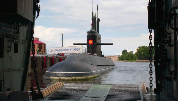 Дизельная подводная лодка, проект Лада.  Архивное фото