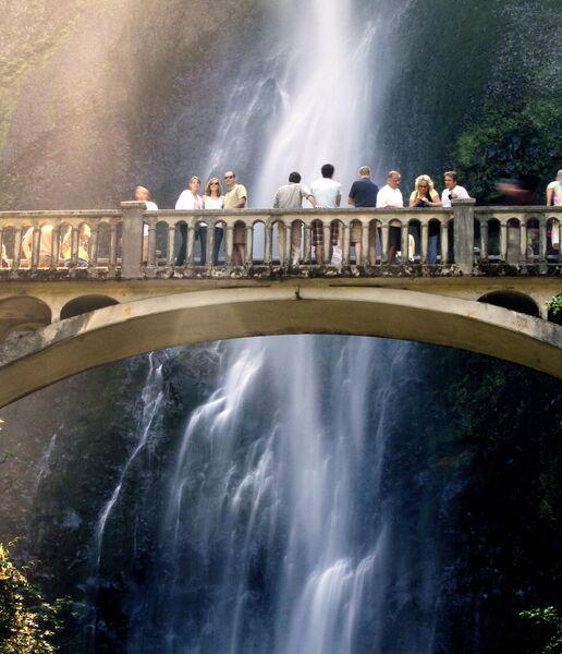 Водопад Малтнома в США