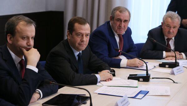 Встреча премьер-министра РФ Дмитрия Медведева с представителями бизнеса в сфере автоперевозок. 23 марта 2017